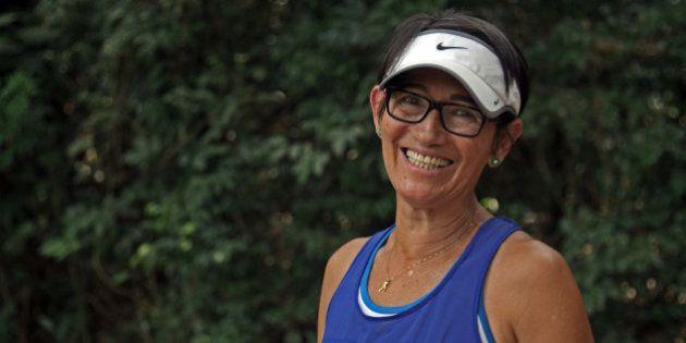 Após filho ser assassinado, ela criou um grupo de corrida para jovens do Capão