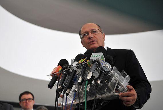 Imposto do governo Alckmin pode ser usado para taxar games baixados na