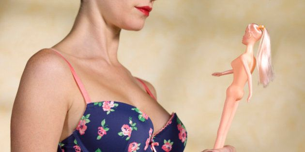 Women suffering from body dysmorphia disorder/BDD.