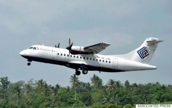 Avião desaparecido com 54 pessoas caiu em montanha na Papua, afirmam