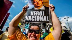Sérgio Moro vira 'herói nacional' durante protestos pelo impeachment de