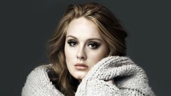 Em carta emocionante, Adele pede desculpas por atraso do novo