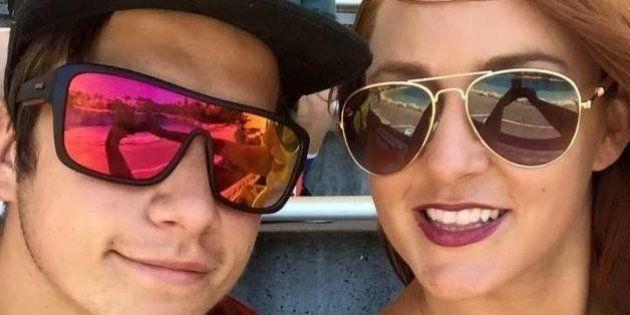 Como uma tatuagem de ponto e vírgula ajudou esta mulher a superar o suicídio do
