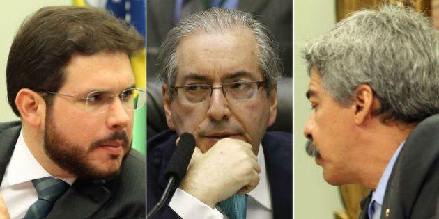 Sem indiciar políticos, CPI da Petrobras aprova relatório