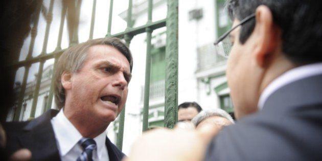 OAB-RJ pede cassação de Bolsonaro: 'Homenagear um torturador é vilipendiar a