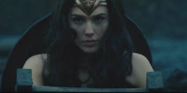 Empoderada! O 1° trailer do filme 'Mulher-Maravilha' é lançado na Comic-Con e vai te dar ARREPIOS