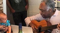 ASSISTA: Este encontro entre Gilberto Gil e a bisneta Sol vai melhorar o seu