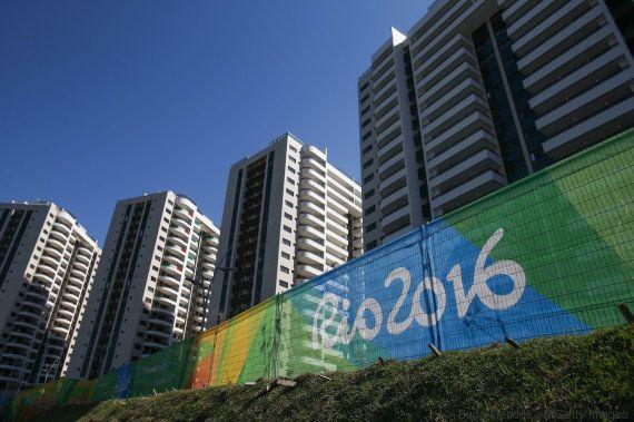 Rio 2016: Não eram só 'ajustes'? Metade dos prédios da Vila Olímpica não estão
