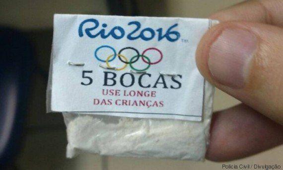 Papelote olímpico: Traficantes vendem cocaína com embalagem da Rio