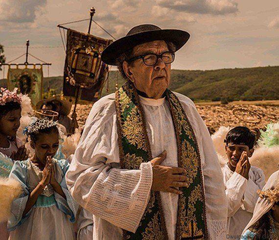 Adeus: Colegas de elenco prestam homenagem a Umberto Magnani, o padre Romão em 'Velho
