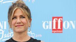 Jennifer Aniston abre o jogo sobre insegurança: 'Somos todos humanos no final do