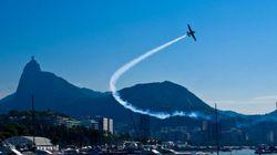 Marinha diz que choque entre caças da Rio 2016 derrubou avião em