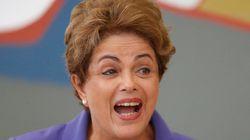 Economia brasileira recua por três trimestres seguidos e entra em