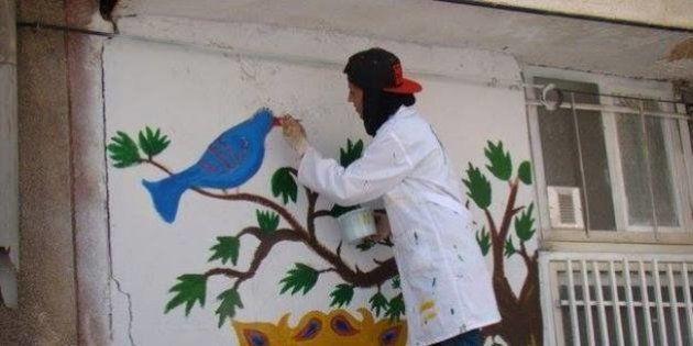 Iranianos e refugiados afegãos transformam discórdia em obras de