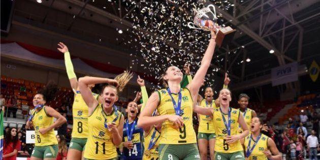 Não tem para ninguém! Meninas do vôlei batem Turquia e Brasil é campeão do Mundial