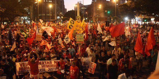 'Não vai ter golpe!' Manifestações pró-Dilma acontecem em 23