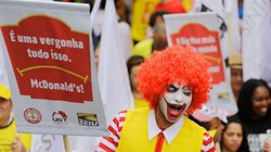 McDonald's é acusado de abusar de funcionários e de evasão fiscal no