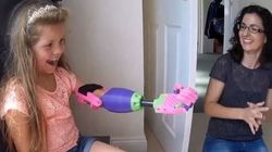 ASSISTA: Garota ganha braço impresso em