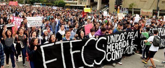 Estudantes 'mais experientes' dão reforço à ocupação contra máfia da