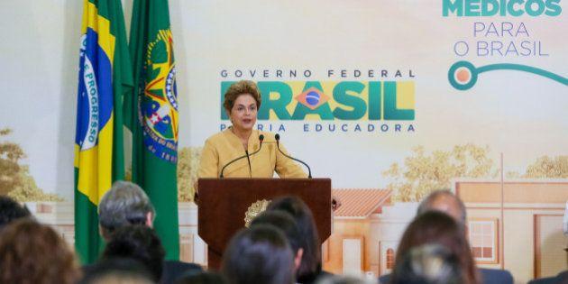 Dilma lança Mais Médicos.2 e critica futuro governo