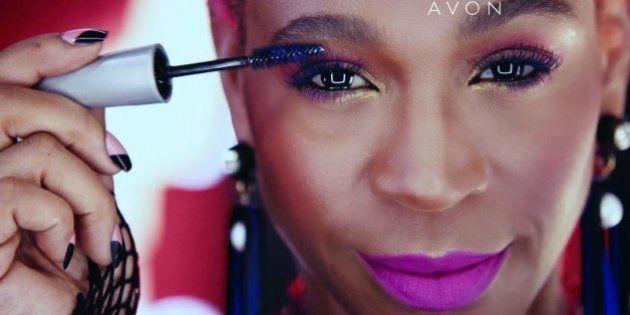 Vai ter representatividade negra, sim! Karol Conka é estrela de nova campanha da Avon