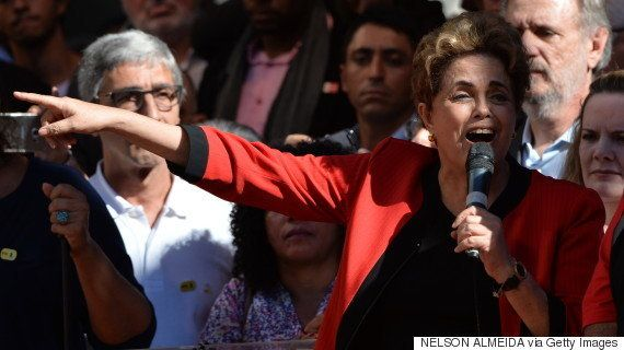 Em discurso no Dia do Trabalho, Dilma diz que vai resistir ao impeachment e anuncia reajuste de 9% no...