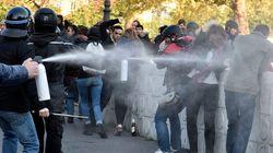 FOTOS: Manifestantes enfrentam polícia em Paris contra reforma