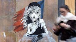 Banksy condena uso de gás lacrimogêneo contra