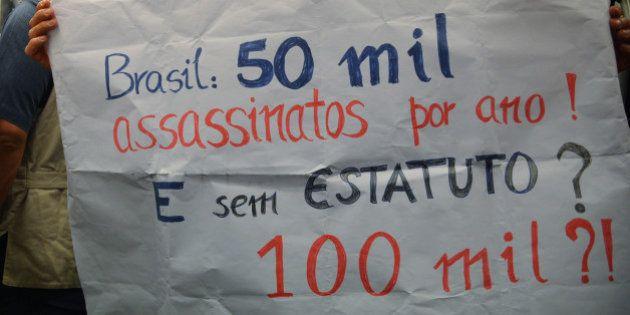 Brasília - Comissão especial aprova texto-base do substitutivo proposto pelo deputado Laudivio Carvalho...