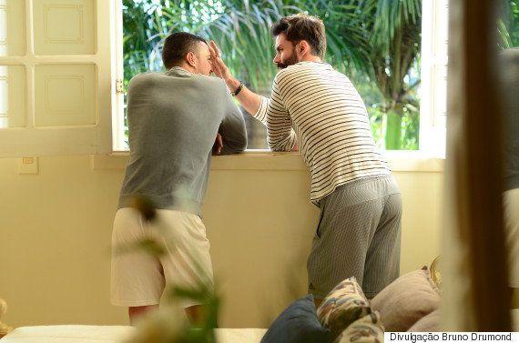 Felipe Titto vive história de amor homossexual em clipe do cantor sertanejo Thiago Di