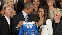 Obama: futebol feminino ensinou que 'jogar como menina' significar ser