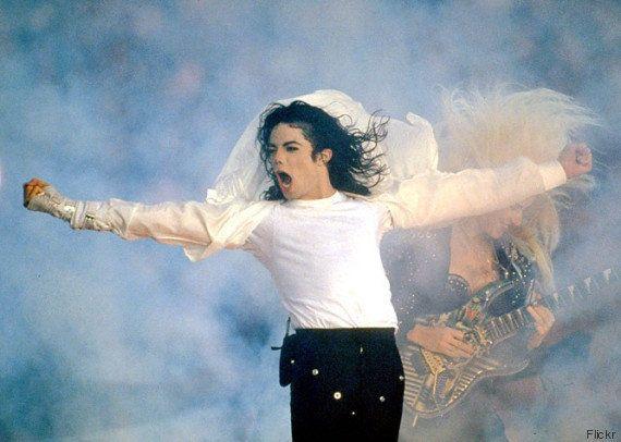 Michael Jackson, Elvis Presley, Marilyn Monroe... Quem são os famosos mortos que mais faturaram em