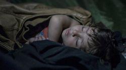 Fotógrafo registra locais precários onde crianças refugiadas