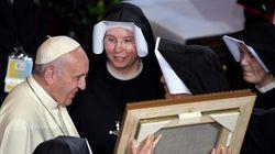 FINALMENTE! Papa Francisco estuda aumentar participação feminina na