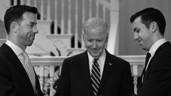 ❤ Vice de Obama celebra casamento de servidores da Casa Branca