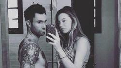 Ohnn ❤ Adam Levine e Behati Prinsloo exibem barriga de