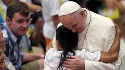 Papa Francisco lamenta que escolas ensinem que 'gênero é uma