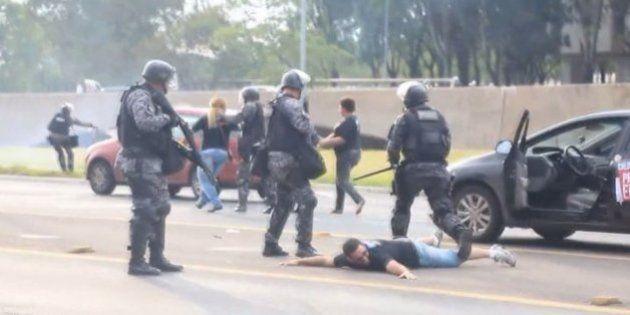 Dia do Servidor Público é marcado por violência policial contra professores em greve no Distrito
