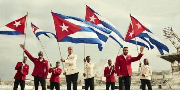 Atletas de Cuba desfilam com o luxo de Christian Louboutin na Rio