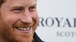 Príncipe Harry condena foco 'incessante' em sua vida: 'Todos têm o direito à