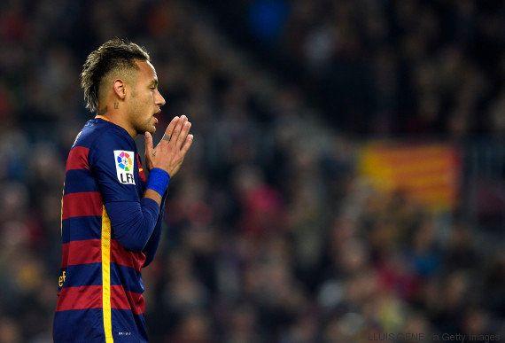 Site oficial de Neymar diz que procurador quer 'holofotes da imprensa' e o convoca para 'tomar um