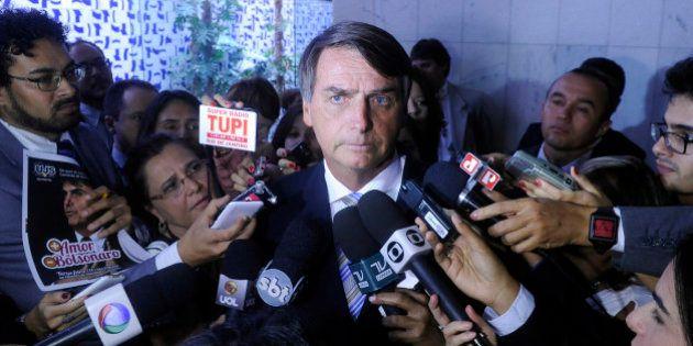 Jair Bolsonaro aparece entre os deputados mais faltosos da bancada do Rio na