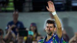 ÍDOLO! Após ser eliminado, Djokovic chora na quadra e é ovacionado por