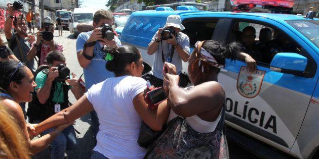 Inquérito inocenta policial que matou criança em favela do