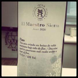 Você sabe o que é um Jerez? Vinho espanhol vira moda entre jovens