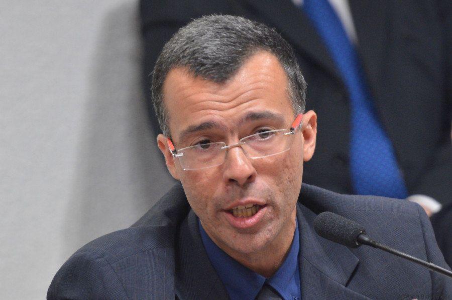 Uma conversa franca com Jamil Chade, o repórter brasileiro que ajudou a desvendar a corrupção na