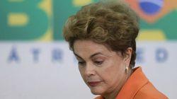 No Facebook, Dilma chama afastamento de 'golpe' e 'injustiça