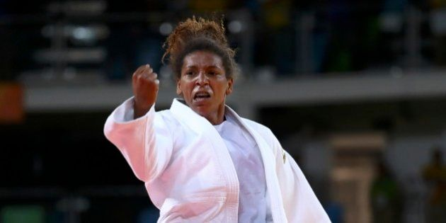 1º OURO do Brasil é de uma mulher: Rafaela Silva vence no