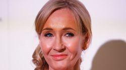 Expecto patronum! J.K. Rowling desenha tatuagem para fã que se