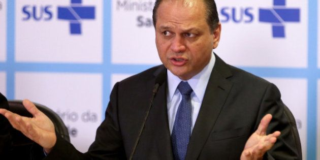 Novo ministro da Saúde fala de fé e mosquito